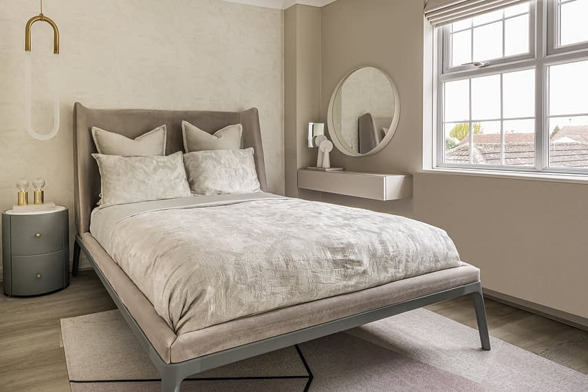 Woodford Green interior double bed and mirror