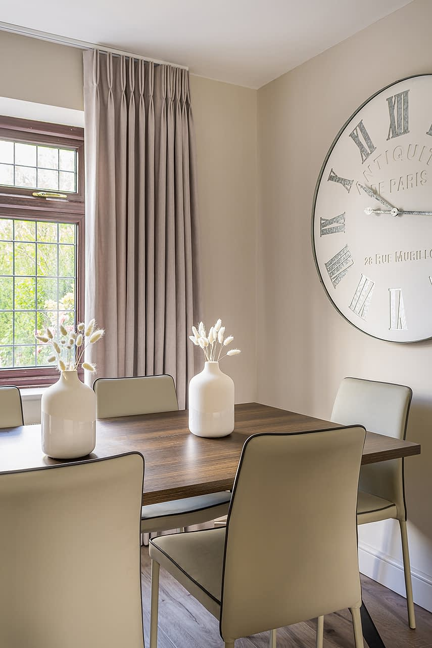 Loughton Interior Design clock and table