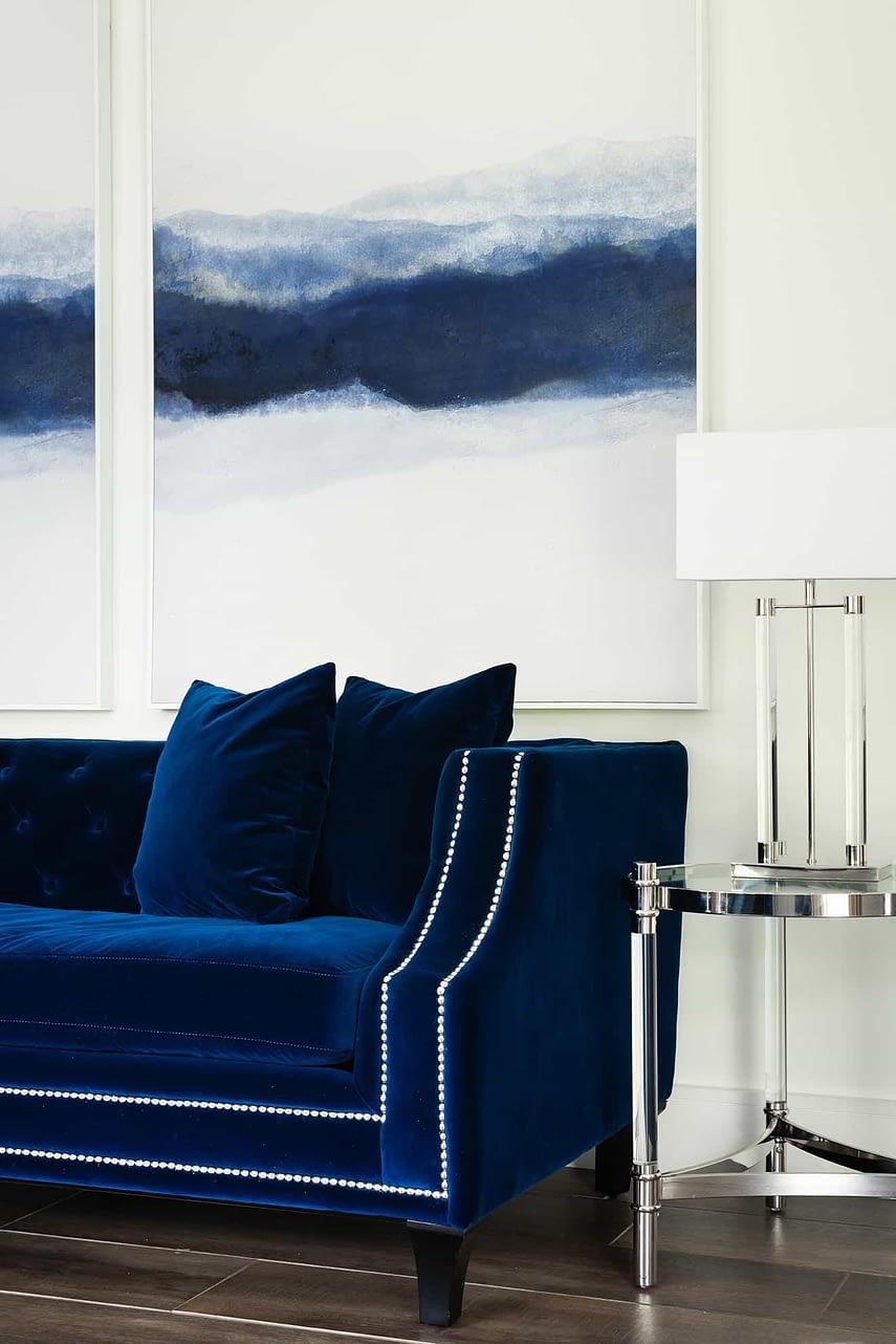 Lounge - Loughton